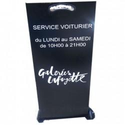 VALET PODIUM GALERIE LAFAYETTE PARIS