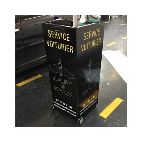 PUPITRE VOITURIER LUXURY OF SERVICES
