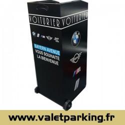 LOCATION PUPITRE VOITURIER BAYERN BMW GARAGE MOUGINS
