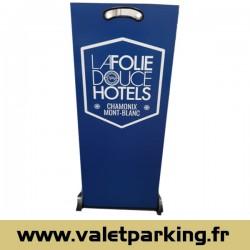 LOCATION PUPITRE VOITURIER HOTEL LA FOLIE DOUCE CHAMONIX