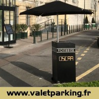 VALET PODIUM DESK RESTAURANT CLUB