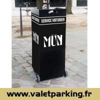 PUPITRE VOITURIER - RESTAURANT MUN PARIS CHAMPS ELYSEES